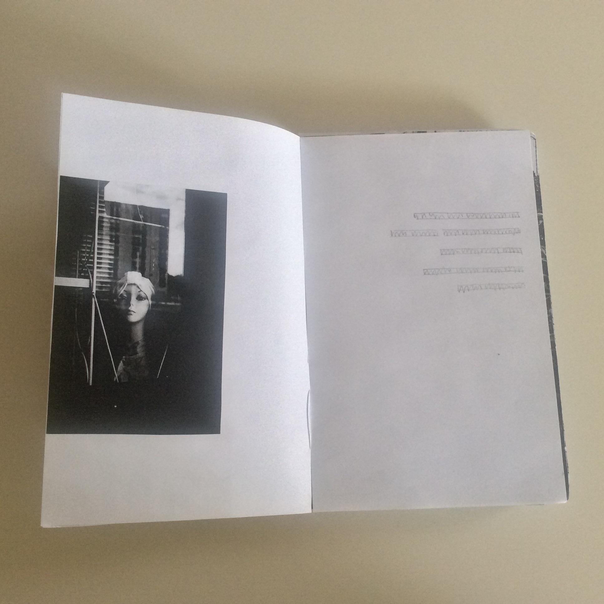 Photographies Sabrina Karp-dessin du livre Claire Jolin-les editions orange claireIMG_1453