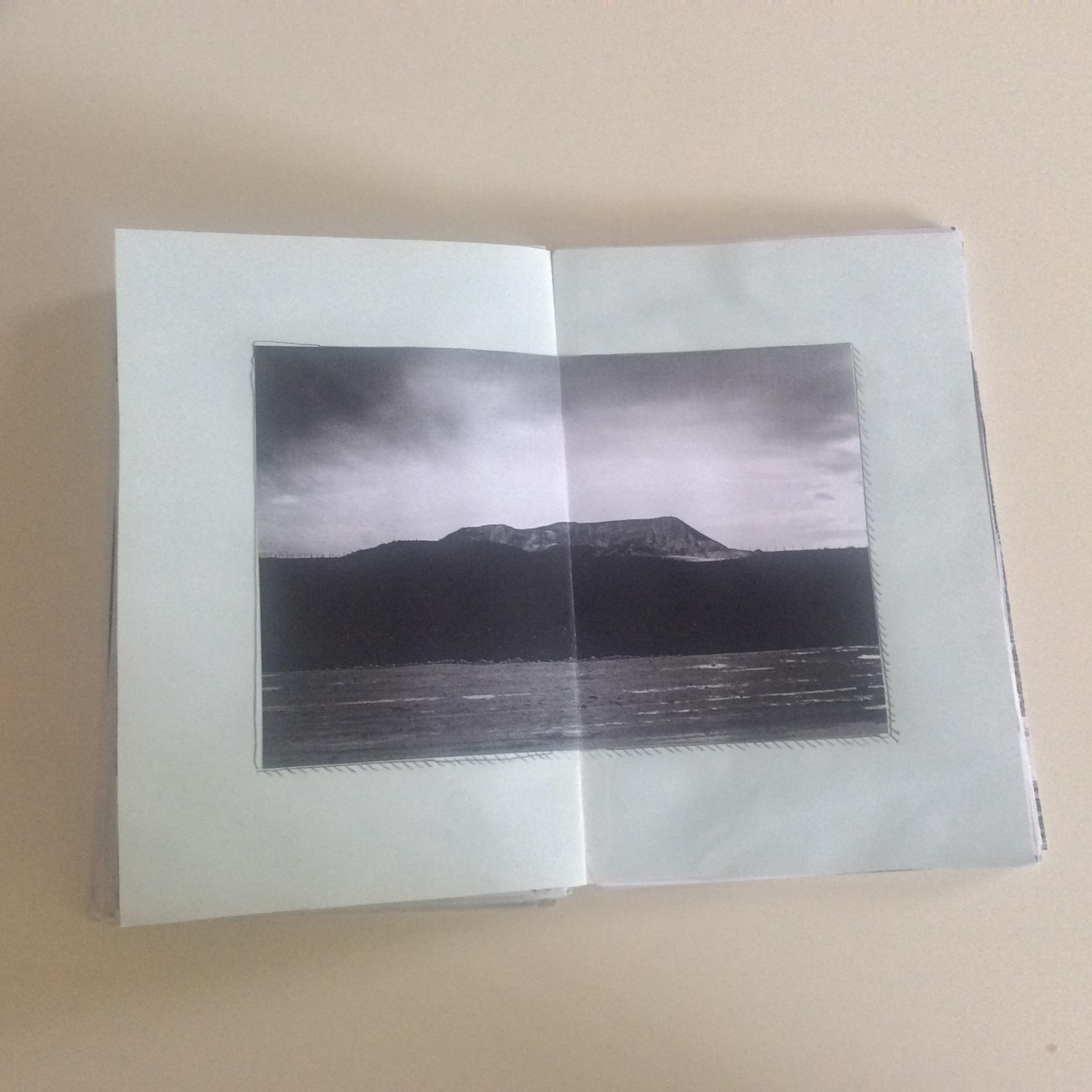 Photographies Sabrina Karp-dessin du livre Claire Jolin-les editions orange claireIMG_1484